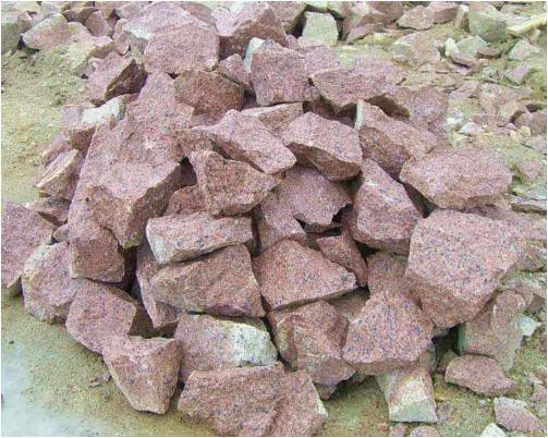 Камень бут гранитный